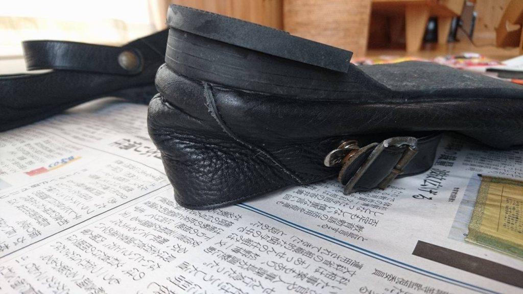 かかと_修理_靴の修理屋さん_ダイソー_シューグー