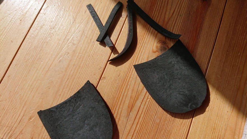 かかと修理_ダイソー_靴の修理屋さん_かかと_修理
